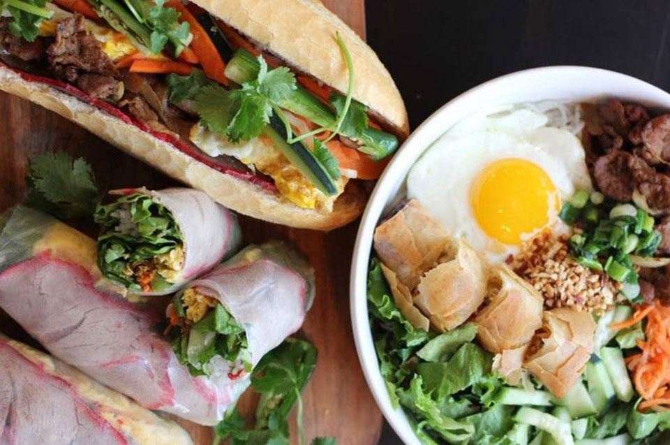 Mi-Sant Banh restaurant food in Minneapolis