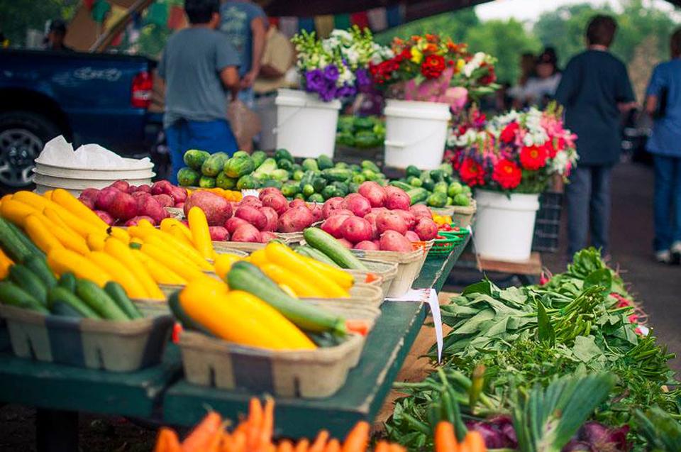 Farmers market in Richfield.