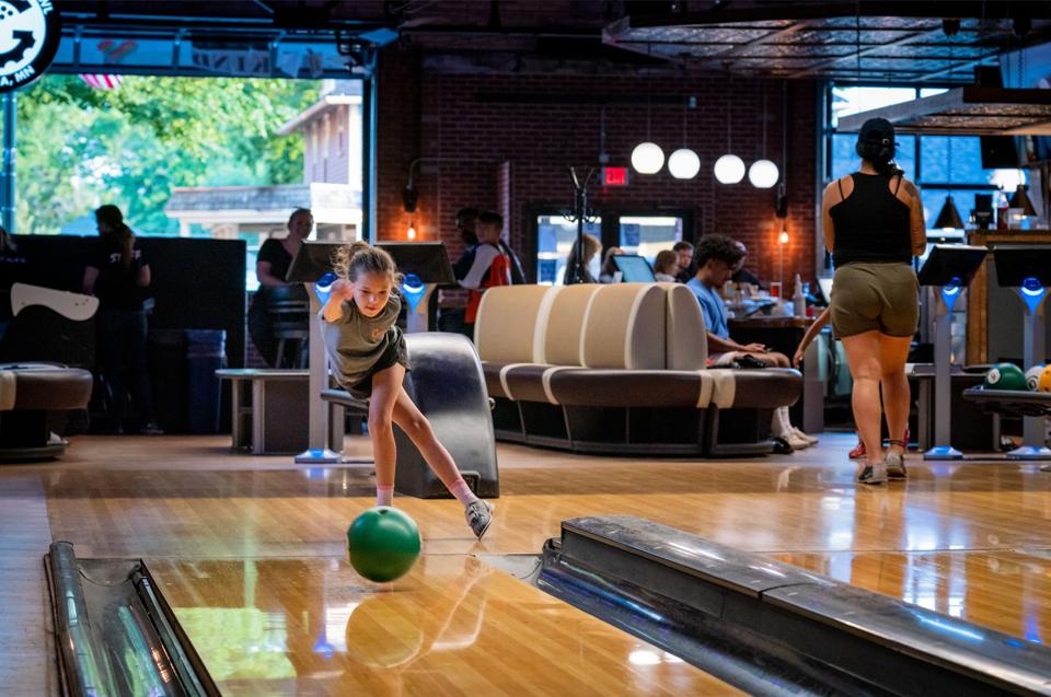 Garage Bar & Bowl